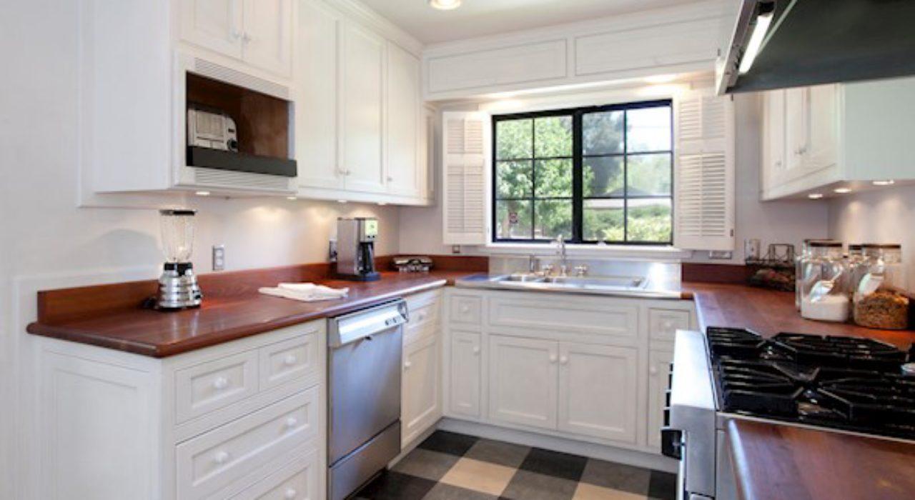 010-23-Kitchen III-1474×1000-72dpi_orig