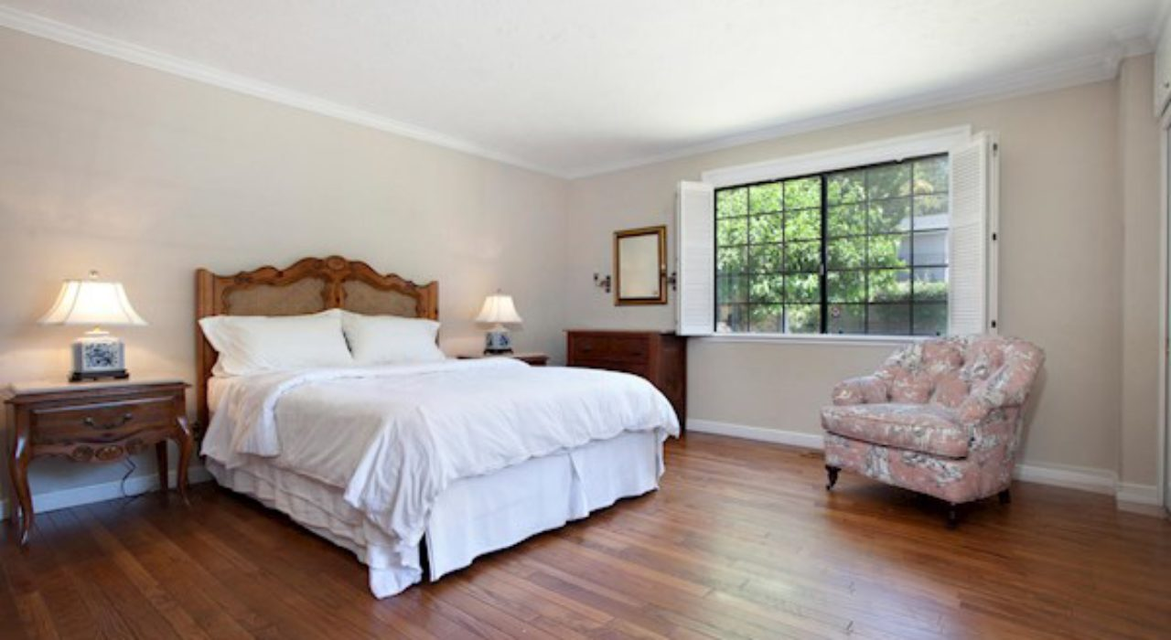 013-6-Master Bedroom-1500×1000-72dpi_orig
